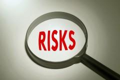 ドル建て 保険 リスク